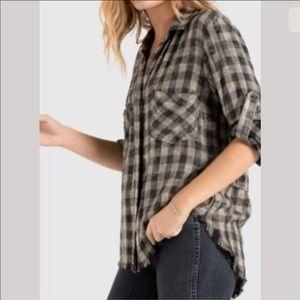 Cloth & Stone Fray Hem Split Back Buttondown Shirt